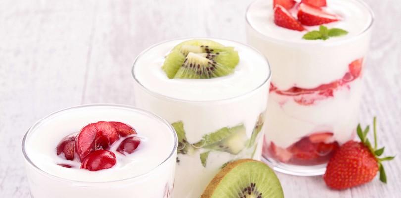 nhung-thuc-pham-danh-cho-nguoi-giam-can-yogurt-kiwi