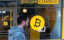 bitcoin-lai-roi-xuong-thap-hon-7-000-usd-30032018
