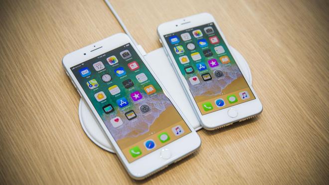 Mẫu iPhone sở hữu màn hình khủng 6.5 inch vẫn sẽ có kích thước nhỏ gọn như iPhone 8 và hỗ trợ chia đôi màn hình như iPhone 8 Plus.