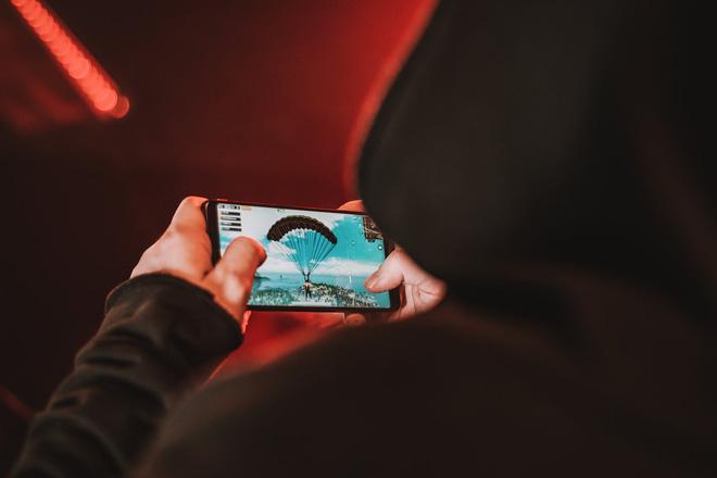 Smartphone chuyên game Red Magic của Nubia chính thức ra mắt, 8GB RAM, chip Snapdragon 835, giá chỉ 399 USD - Ảnh 3.