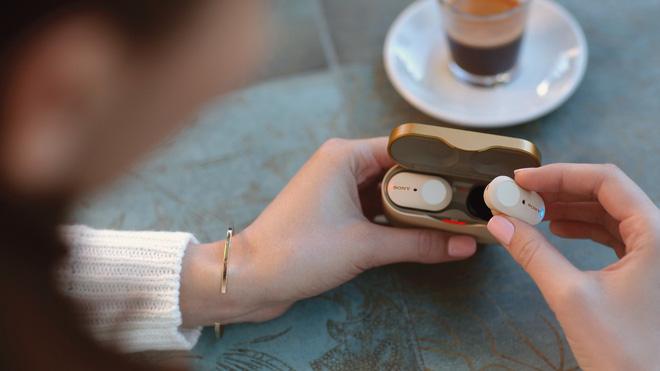 Sony ra mắt tai nghe true wireless WF-1000XM3, thiết kế cao cấp, công nghệ chống ồn mới, giá 230 USD - Ảnh 1.