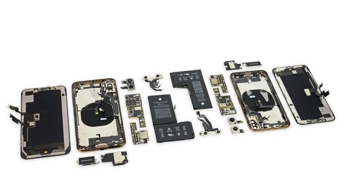 'Mổ xẻ' iPhone Xs và iPhone Xs Max