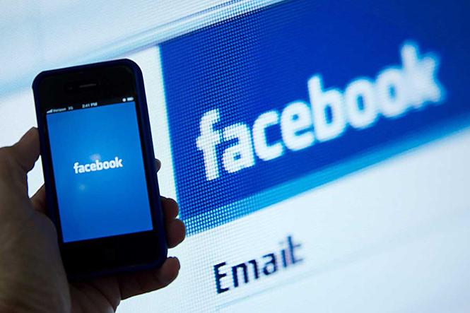 Scandal rò rỉ dữ liệu đang khiến người dùng đánh mất niềm tin vào Facebook  /// Ảnh: AFP