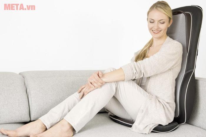Sử dụng đệm massage để thư giãn, giảm stress
